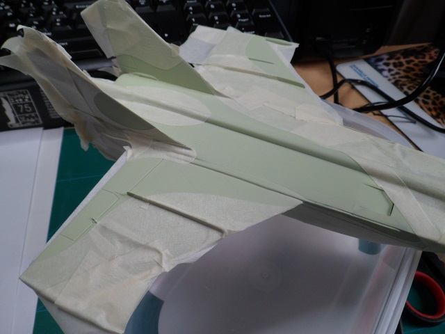 Pas-à-pas : MiG 25 Foxbat [Condor 1/72] - Page 3 27060446700_bc400ac466_o