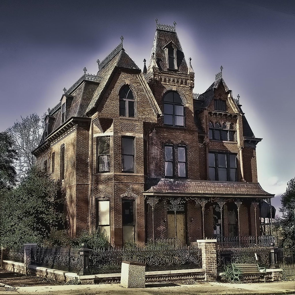 HAUNTED HOUSE ON MILLIONAIRES' ROW