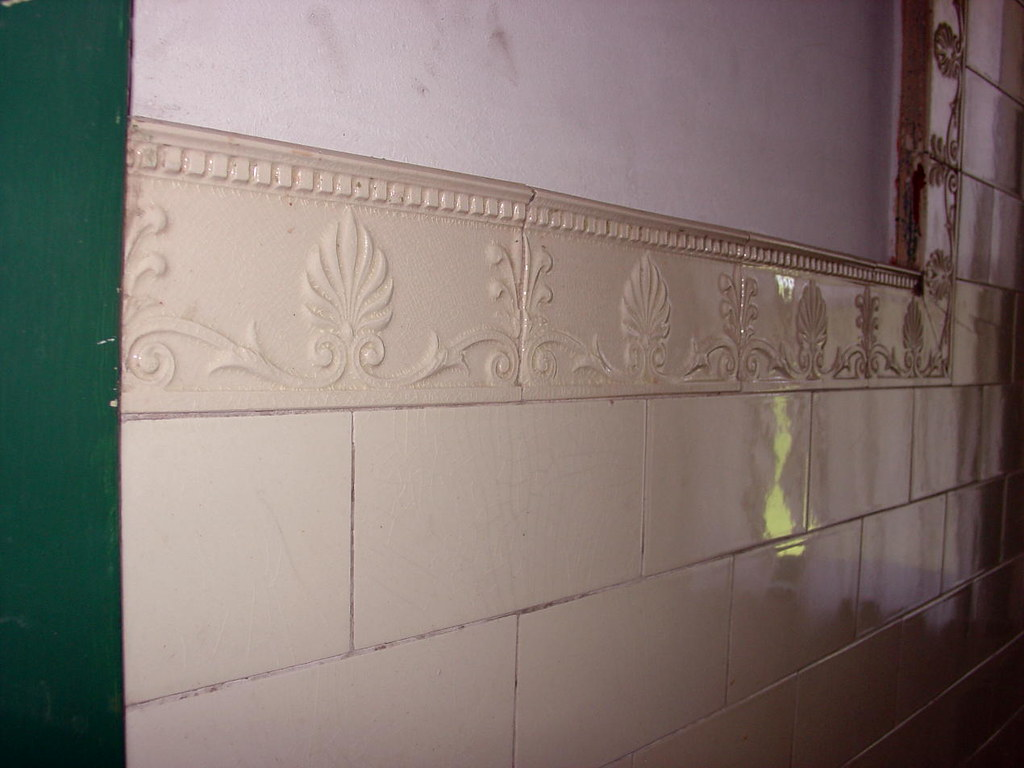Bathroom subway tiles plain subway type white tiles are - Plain white tiles bathroom ...