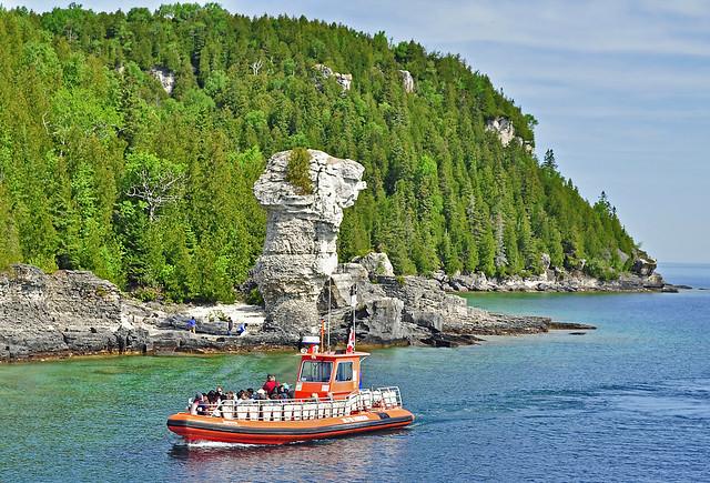 Bruce Peninsula Ferry To Flowerpot Island
