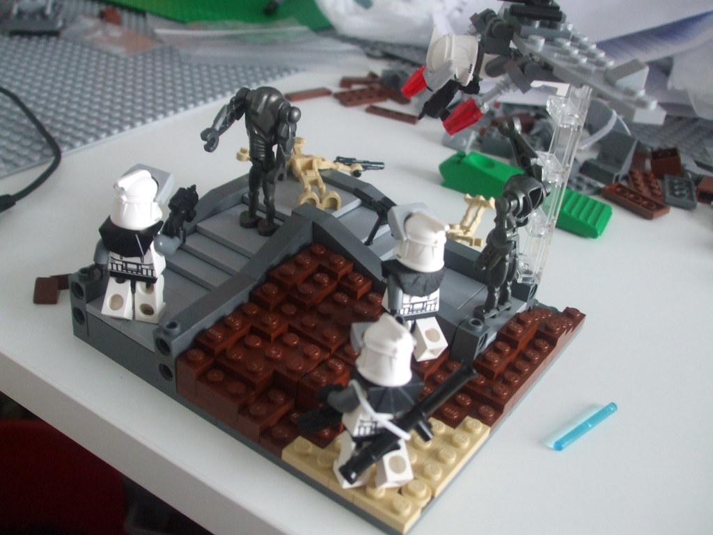 Lego star wars clone vs droid dantooine vig my first vigne flickr - Lego star wars base droide ...