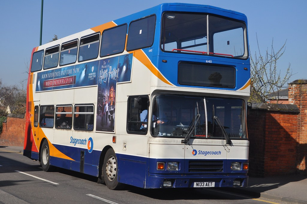 Stagecoach In Warwickshire 16483 N133 Aet 16483 Is Seen
