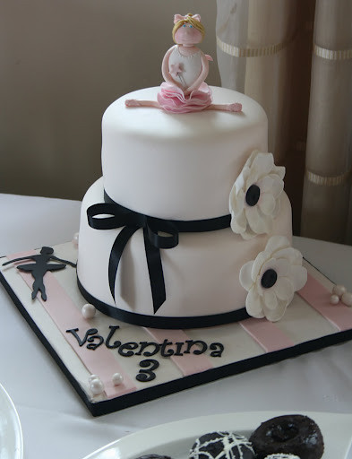 Cake Decorating Ideas For New Job : Ballerina Cake My client did an amazing job decorating ...