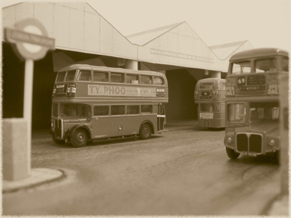 Walthamstow bus garage in 1 76 scale i 39 ve just mounted for Garage dujardin 76