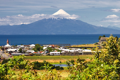 Frente al volcan - Llanquihue (Chile) [Explore 2012/03/21 #81 ] | by Noelegroj (5 Million views.Thank you all!!)