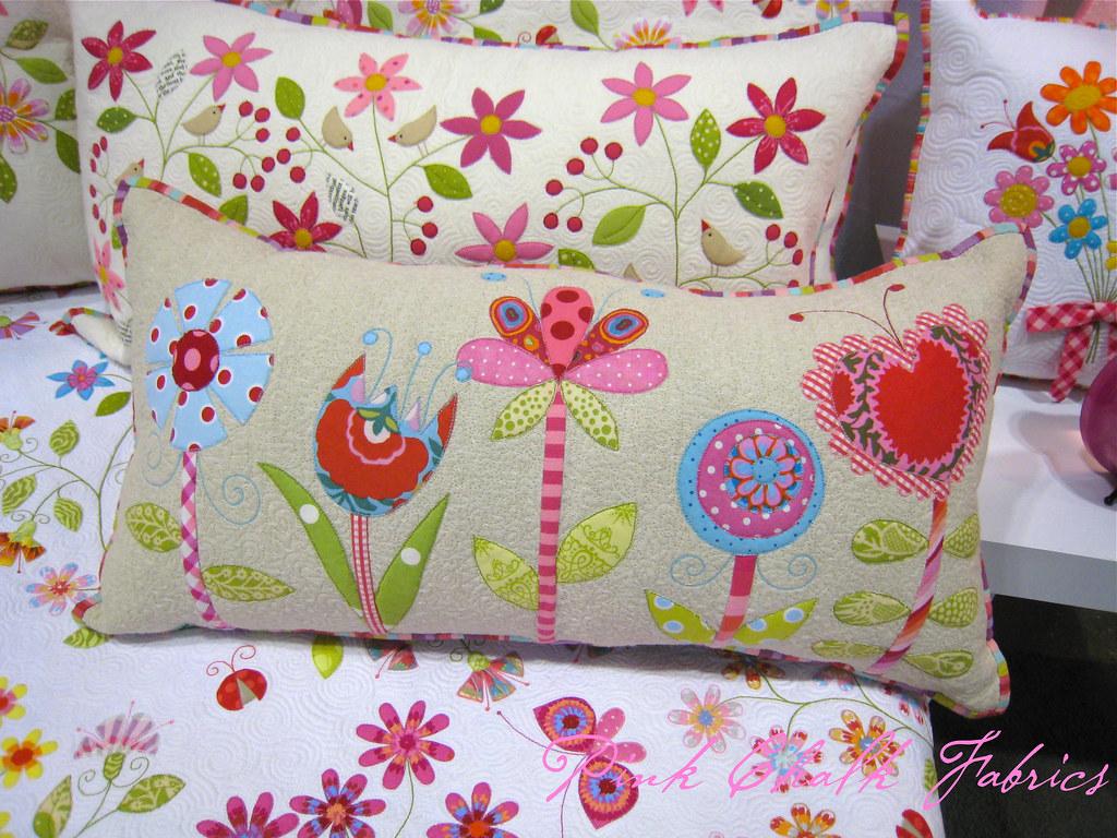 Quilt market spring 2012 - Cojines de patchwork ...
