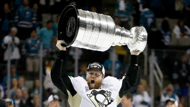 Phil Kessel: Champion