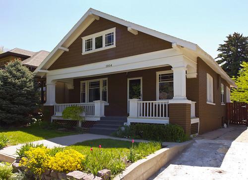 White Brown Brick Craftsman Bungalow House Flickr
