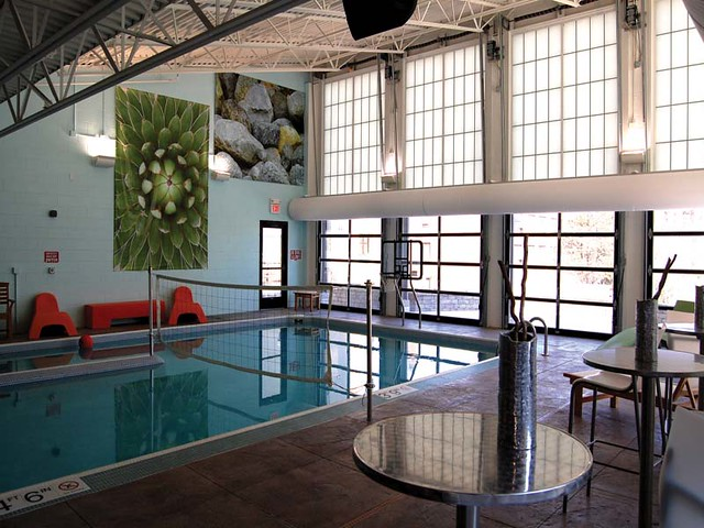 lake calhoun city apartments in uptown minneapolis mn indoor pool
