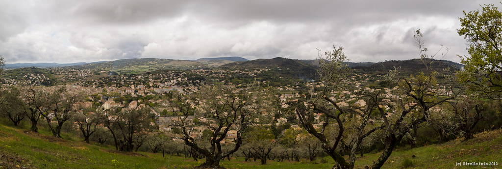 Manosque mont d 39 or vue de manosque et des oliviers du mo rafael lopez flickr - Mont d or four ...