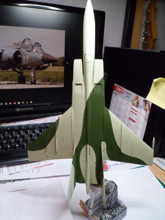 Pas-à-pas : MiG 25 Foxbat [Condor 1/72] - Page 3 27165933710_37a23d64fe_b
