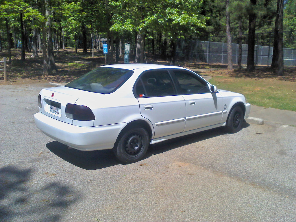 1996 frost white honda civic ex sedan this was my wife 39 s. Black Bedroom Furniture Sets. Home Design Ideas