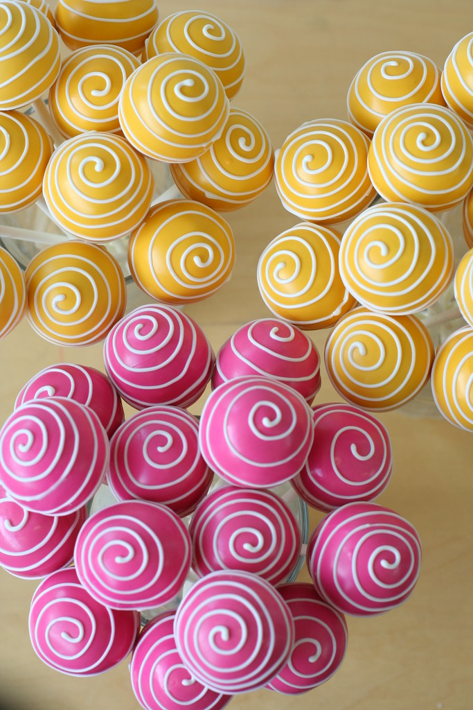 Yellow And Pink Swirly Cake Pops Yellow And Pink Cake