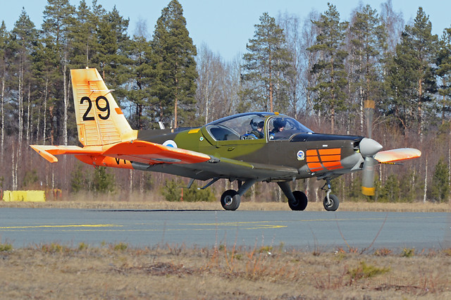Valmet L-70 Vinka (VN-29)