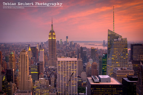 Red Skies over Midtown Manhattan | by Tobias Neubert Photography