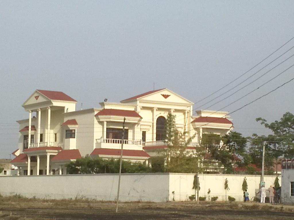 Kothi Mander Mansion Village Chak Ramu Punjab Pardeep