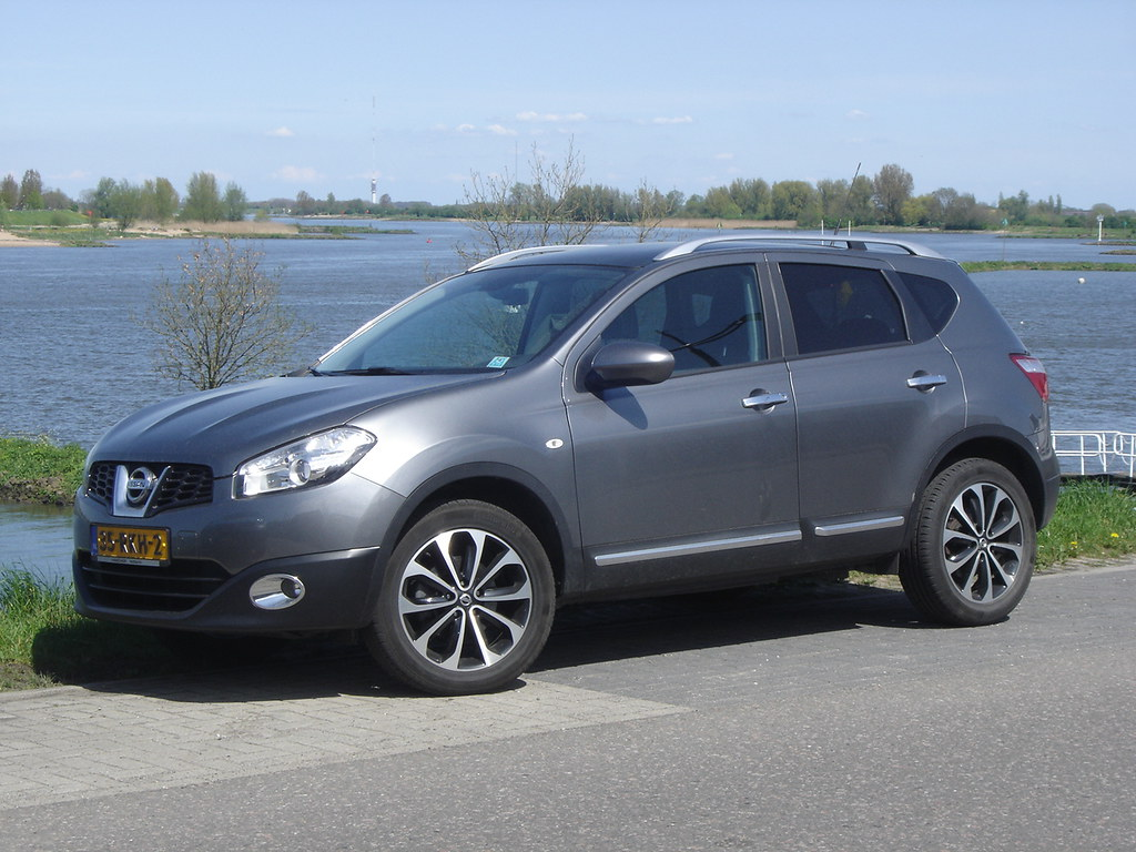 2011 nissan qashqai the nissan qashqai is a quite succesfu flickr. Black Bedroom Furniture Sets. Home Design Ideas