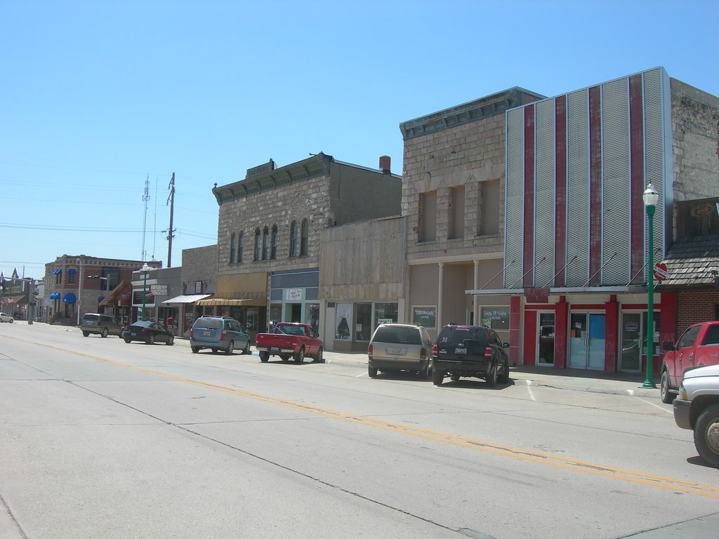 Downtown Valentine Nebraska | Flickr - Photo Sharing!: https://flickr.com/photos/auvet/7305003186