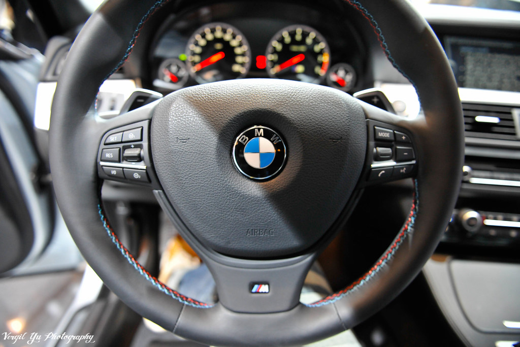 Bmw M 5 >> BMW F10 M5, Steering Wheel | HHYPHOTO | Flickr
