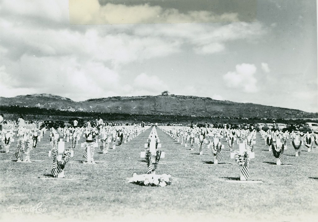 Pearl Harbor Cemetery, Memorial Day, 1950 | Grave sites in ...
