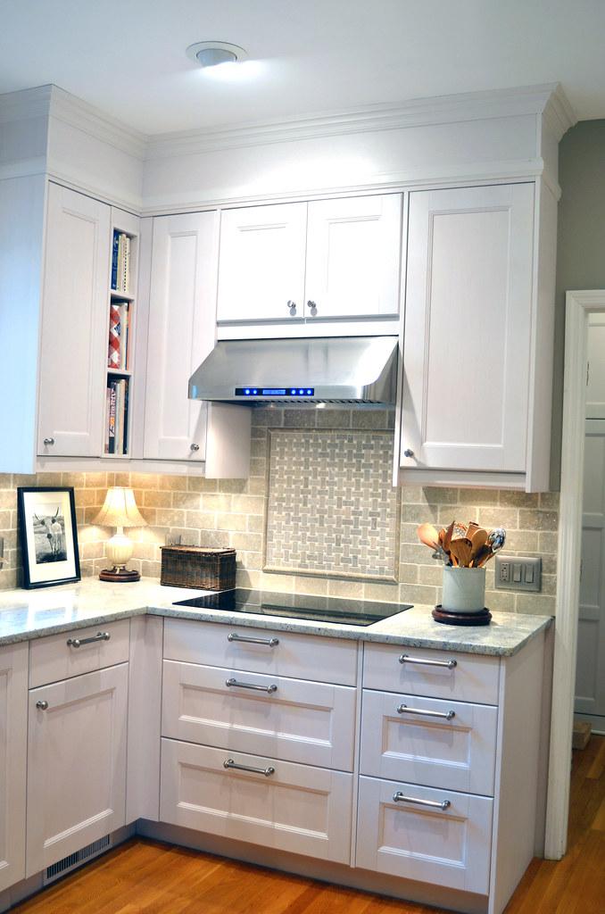 Ikea White Glass Kitchen Cabinets
