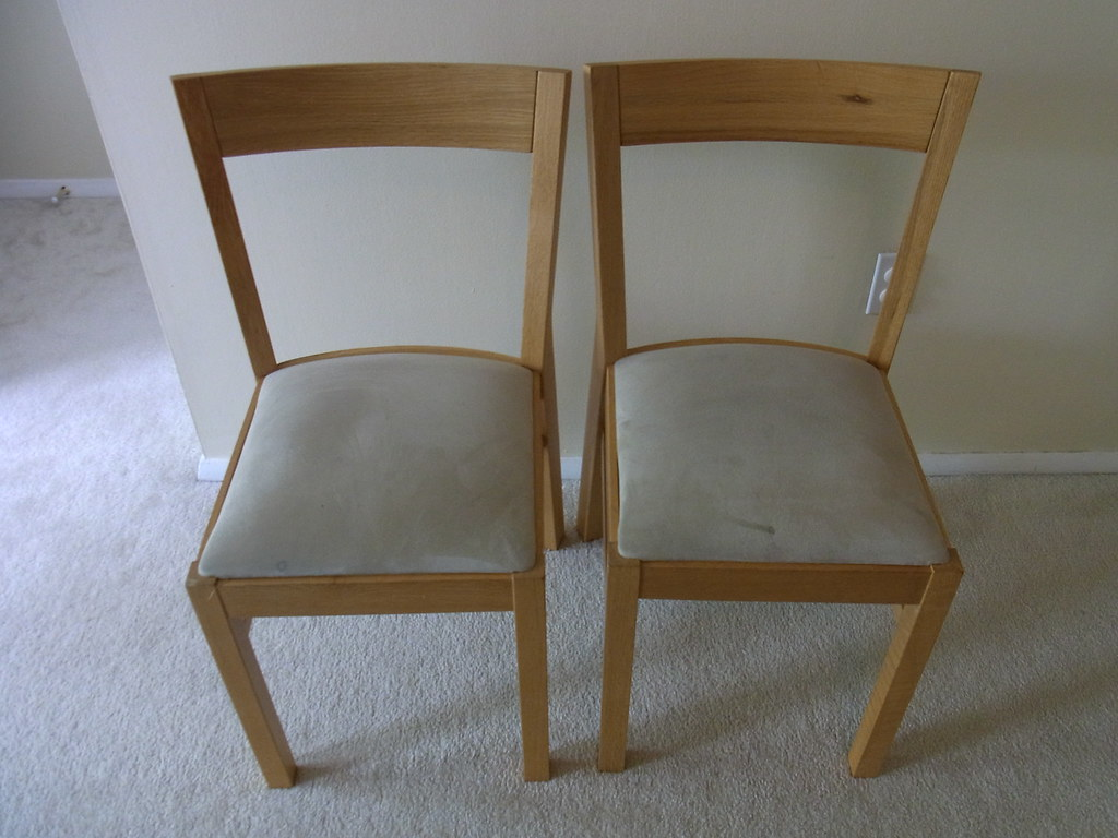 IKEA dining chair ROGER Birch | $10 X2 (売約済み) | moving26 ...