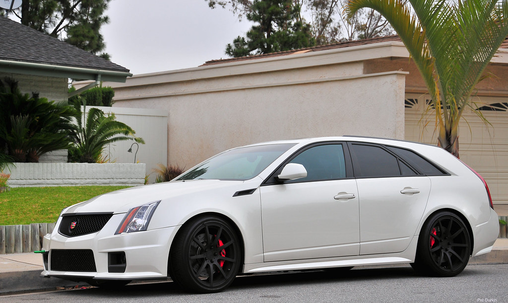 "Cadillac Cts V Wagon For Sale >> 2011 Cadillac CTS-V Wagon - pearl white - fvl | Hit ""L"" for … 
