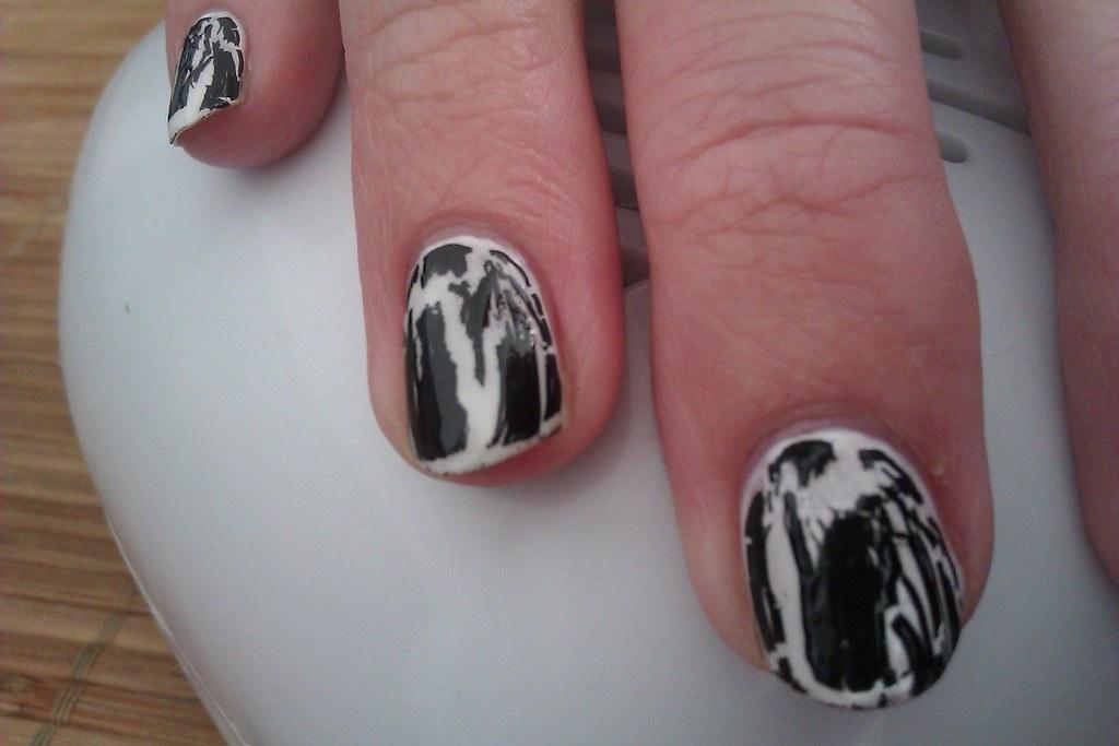 Crackle Nail Polish Design Ideas