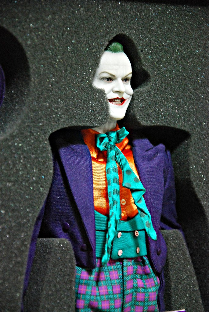 Hot Toys DX-08 Jack Nicholson Joker (Tim Burton's 1989 Batman movie)