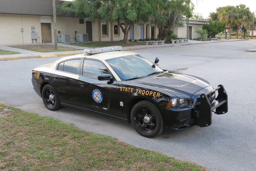 FHP 2012 Dodge Charger 1315 (5) | Drove by and actually seen… | Flickr