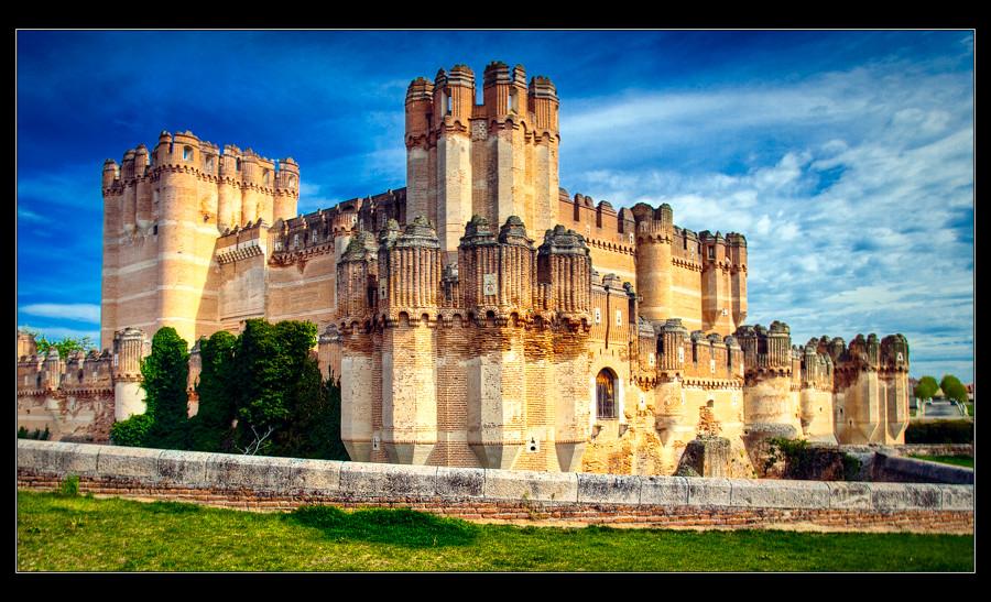 Castillo de coca segovia el castillo de coca es una - Casa de la paca coca segovia ...