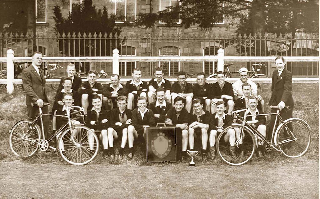 Angus cycling club 1937 angus cycling club team were for Rough and milne