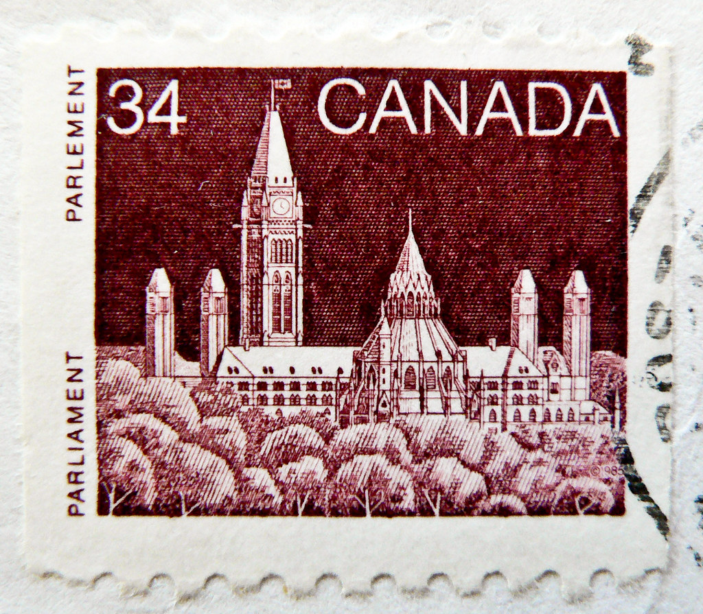 old canadian stamp canada 34c parliament  ottawa  postage