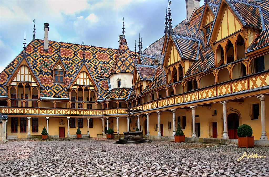 B And B Hotel Beaune France