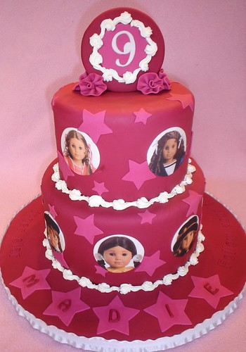 Madie's American Girl Cake | by valscustomcakes