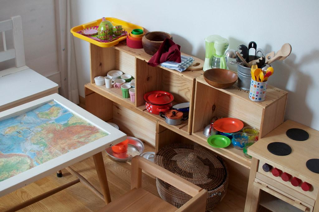 regal aus neuen weinkisten nik flickr. Black Bedroom Furniture Sets. Home Design Ideas