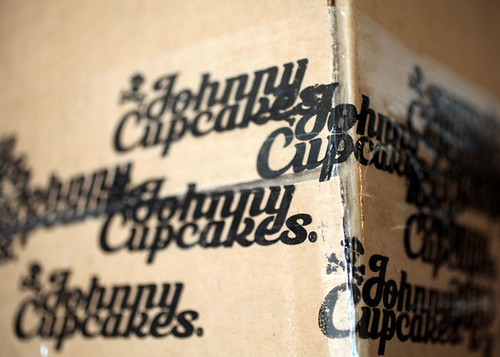 Johnny Cupcakes | by Bakerella