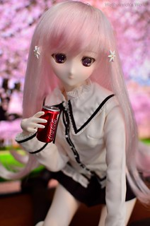 Dollfie Dream Lucy Maria Misora Introduction/unboxing | by Wolfheinrich