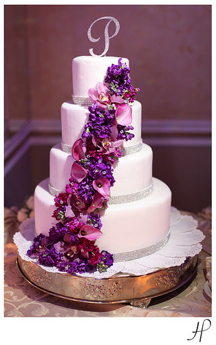 white wedding cake with purple flowers wedding cake with purple flowers flickr photo 27416