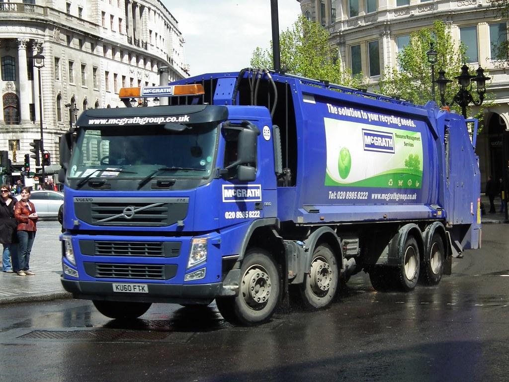 McGrath Bin Lorry | McGrath 2010 Volvo FM Garbage Truck, bin… | Flickr