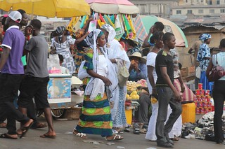 Kumasi scenes:the ladies are dressed for the market | by 10b travelling
