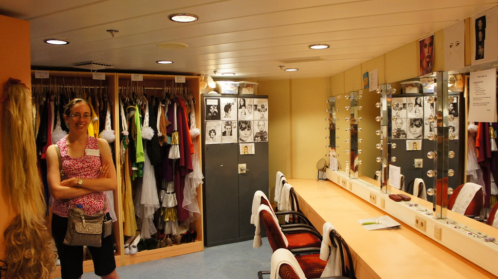 Dressing A Room For Sale