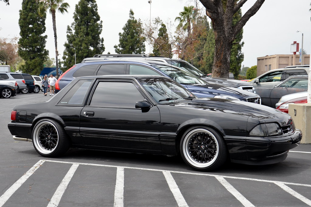 Ford Mustang 5 0 Lx Foxbody Coupe With Black Multispoke Wh