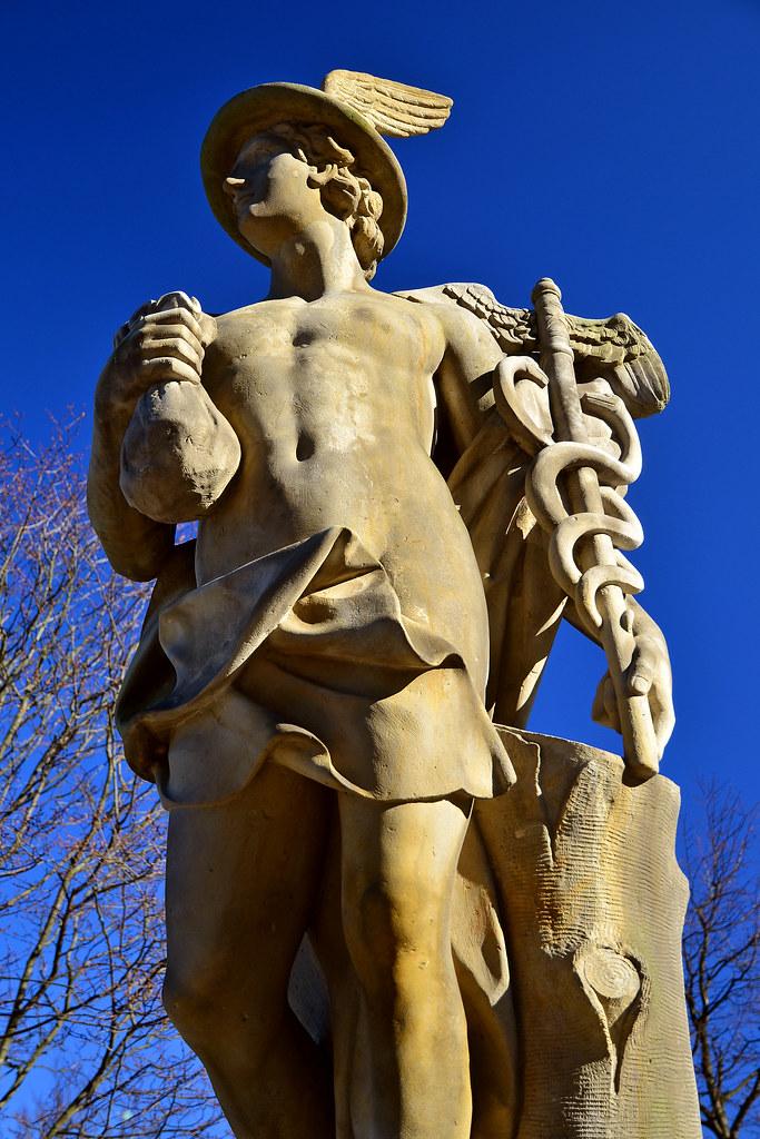 Mercury | Mercury - the Roman god of commerce and trade ...