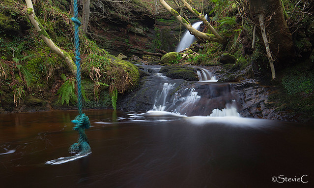 Rope swing falls flickr photo sharing for Swing over water