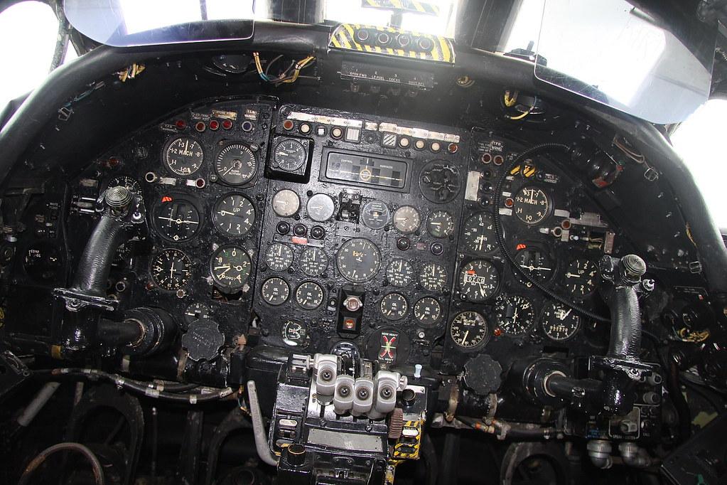Avro Vulcan B2 Xl360 Cockpit Midland Air Museum The