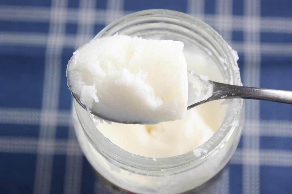 Reasons Why You Should Be Using Coconut Oil