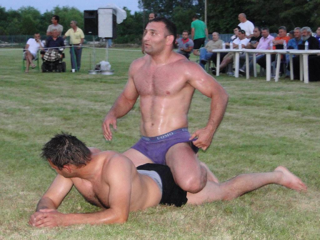 butt naked wrestlers