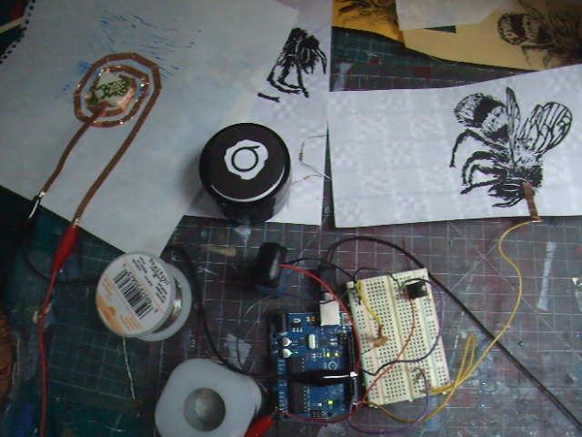 buzzing bumblebee print prototype