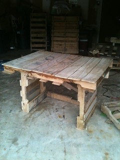 Building a writing desk/dining table for the cabin | by koogmo